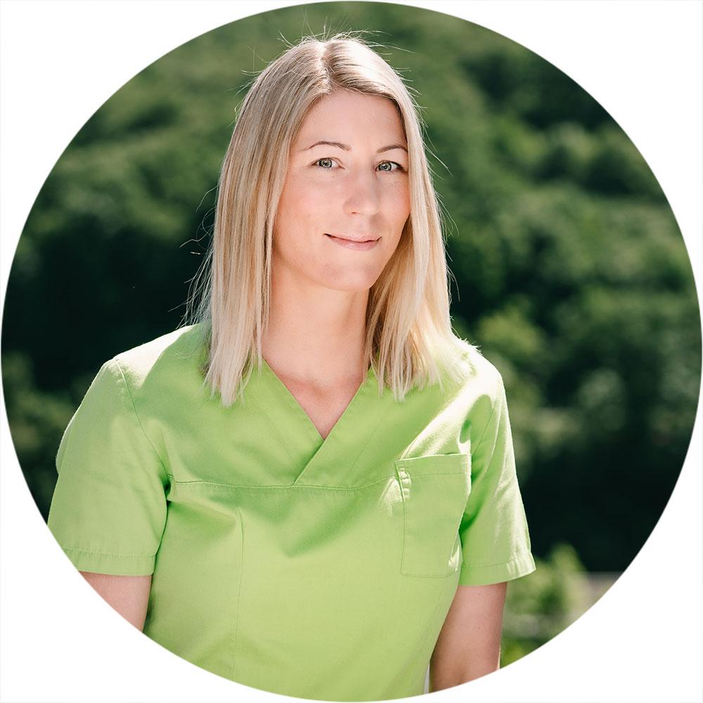 Zahnarztpraxis Dr. Michaela Harris – Zahn-Team